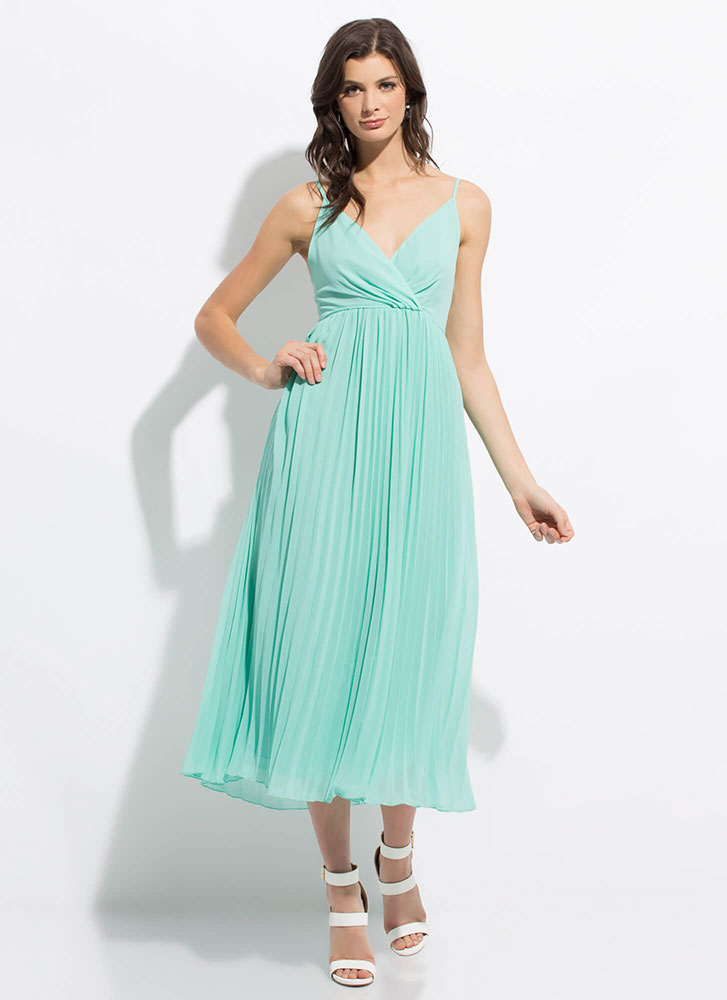 Clothing Empire Flowy Pleated Maxi Dress MINT