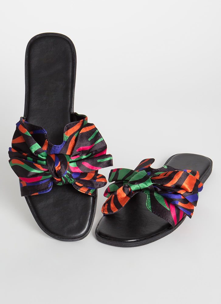 It's A Bow-tiful Day Print Slide Sandals BLACK