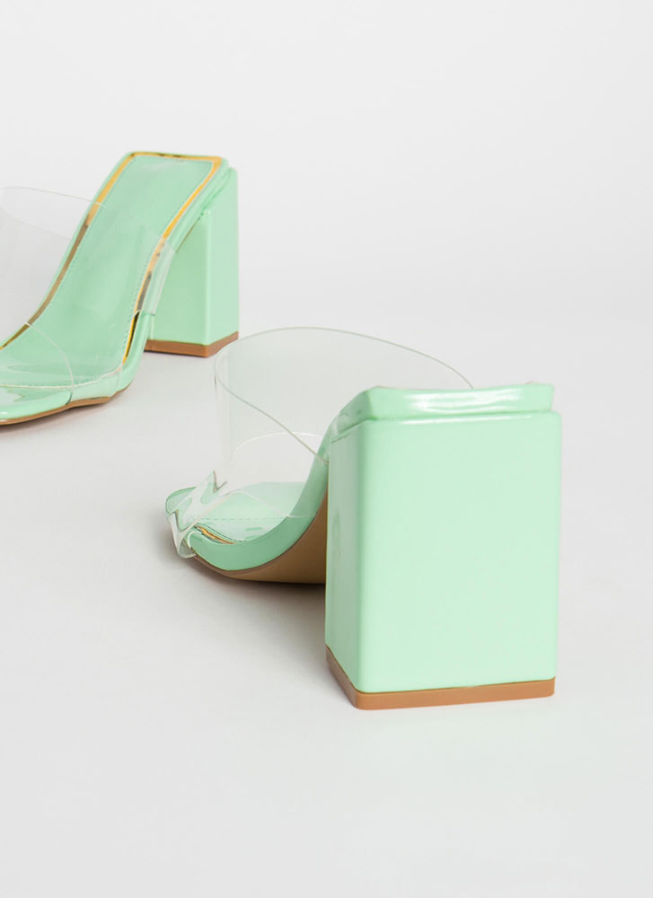 Around The Block Glossy Clear Mule Heels MINT