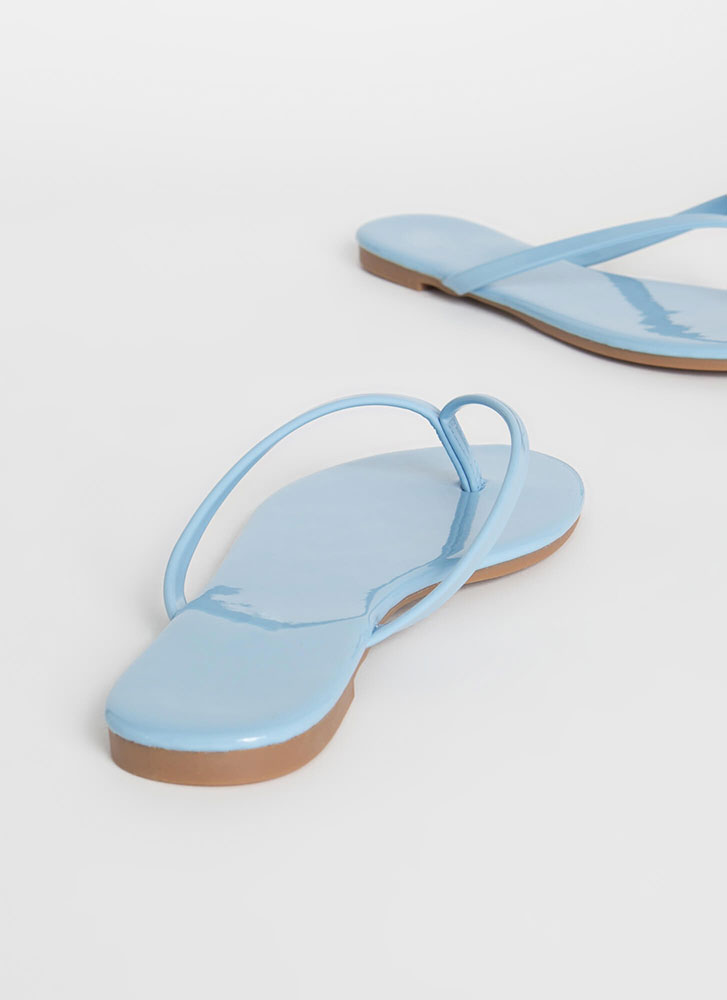 Gloss Factor Faux Patent Thong Sandals LTBLUE