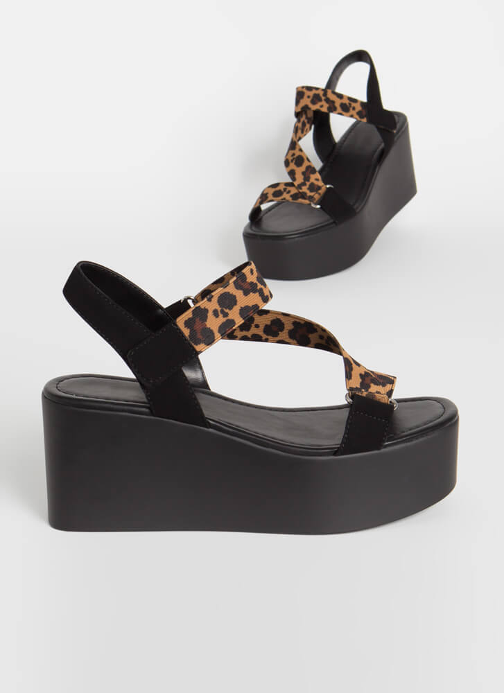 Strappier Times Banded Leopard Wedges LEOPARD