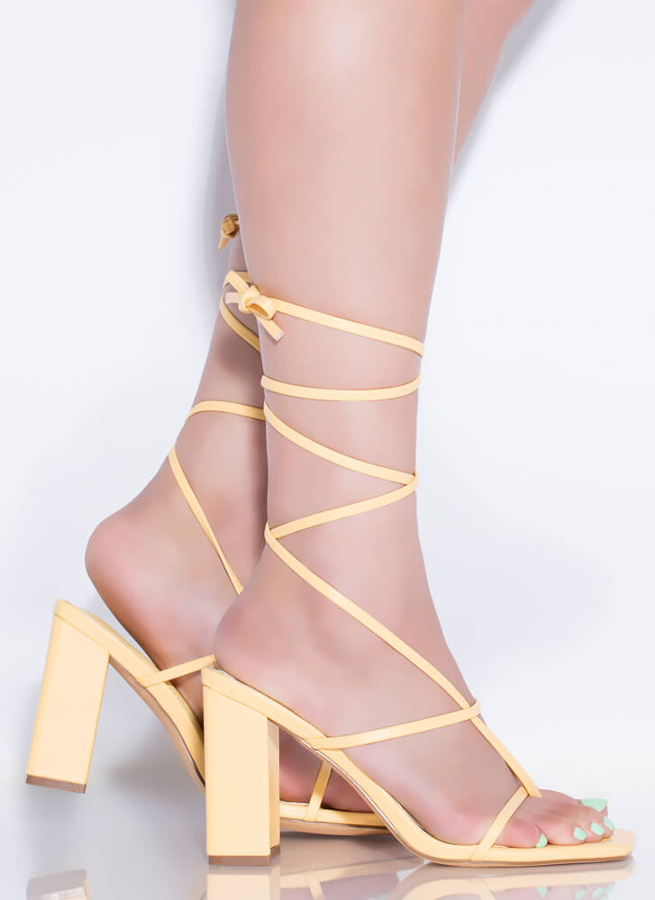 Thong Number Chunky Lace-Up Heels YELLOW