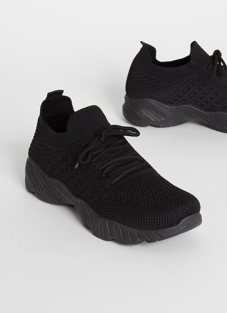 Perfect Form Lace-Up Knit Sneakers BLACK