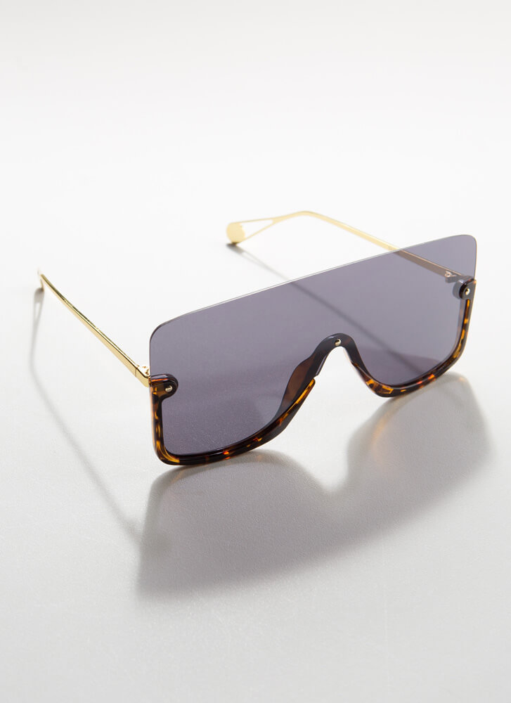 Going Under Oversized Goggle Sunglasses TORT