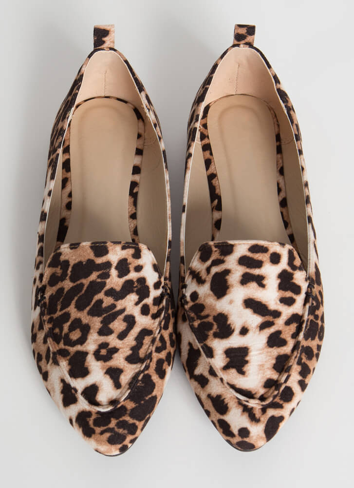 Chic In The City Pointy Loafer Flats CHEETAH