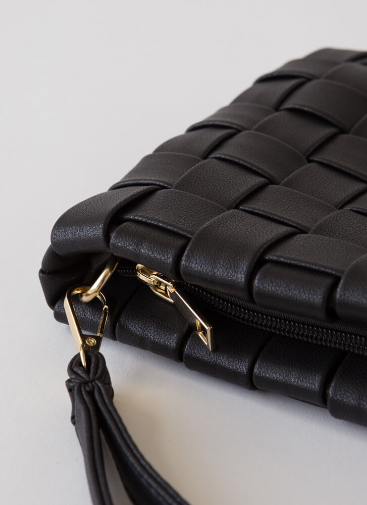 Chic For Yourself Woven Clutch BLACK