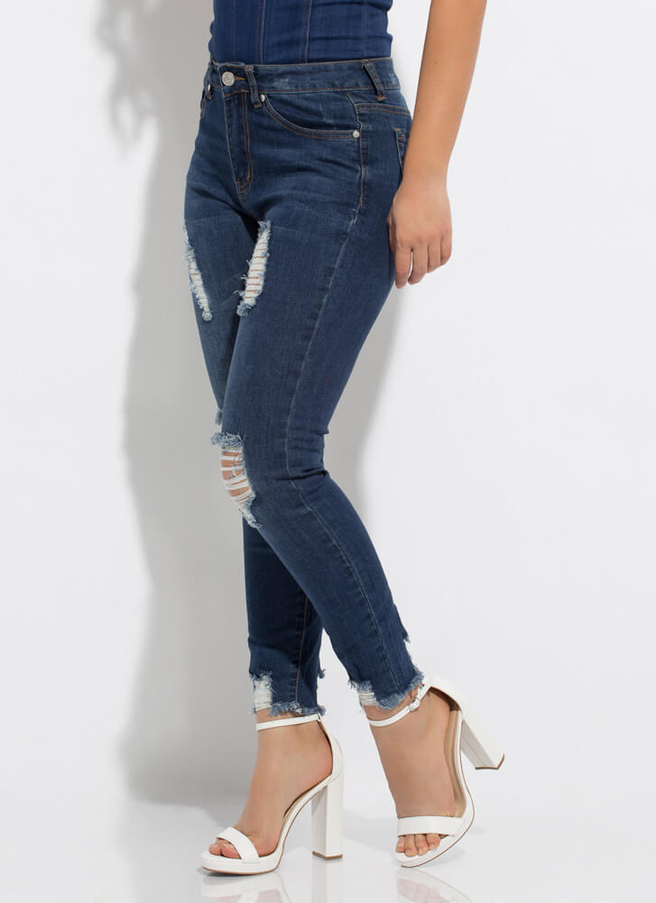 Stress-Free Destroyed High-Waisted Jeans DKBLUE
