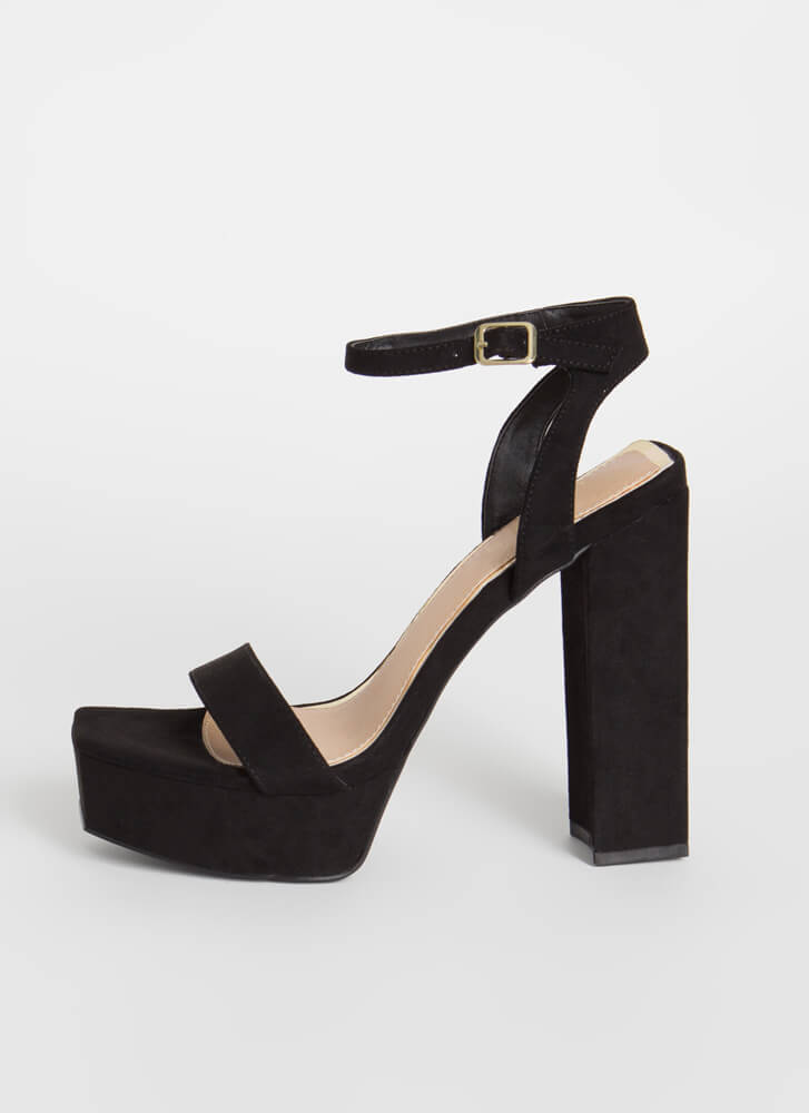 Tall Or Nothing Chunky Platform Heels BLACK