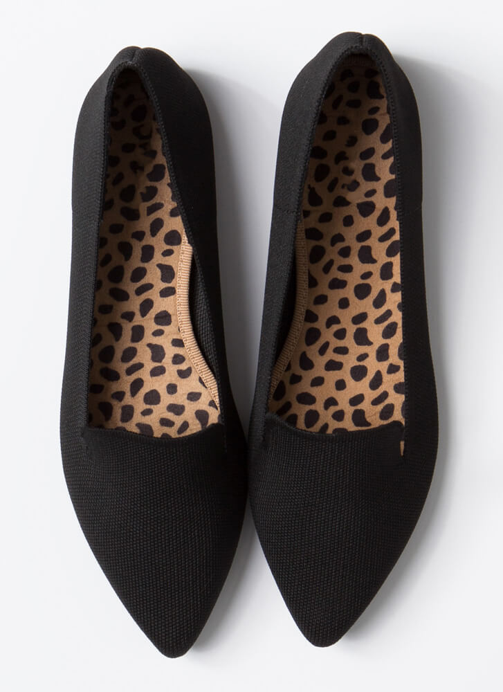 The Knit Factor Pointy Smoking Flats BLACK