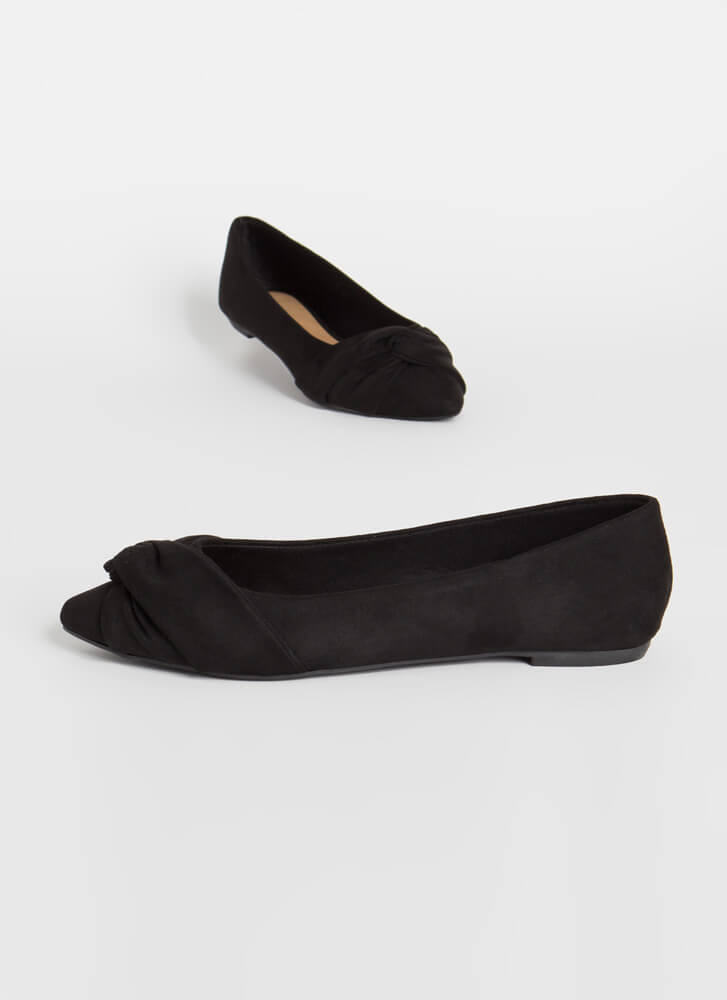 Knot Without A Twist Wrapped Flats BLACK