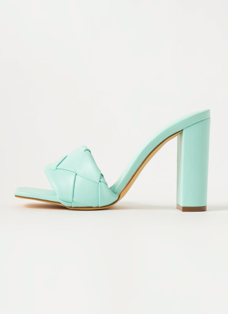 Over Under Chunky Woven Mule Heels MINT