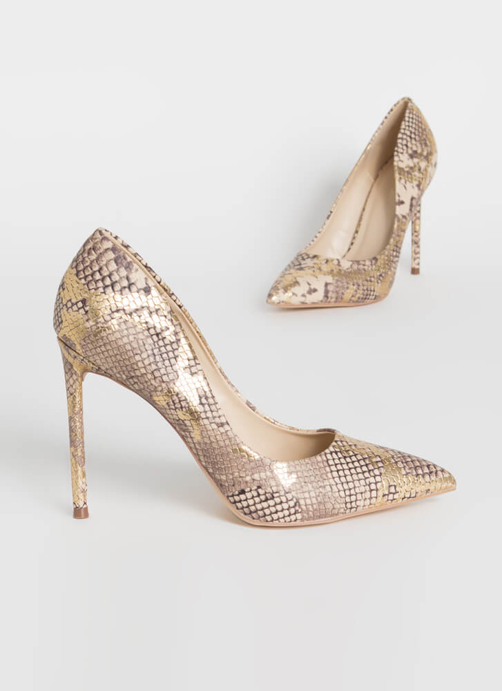 Snake Out Pointy Stiletto Pumps GOLD