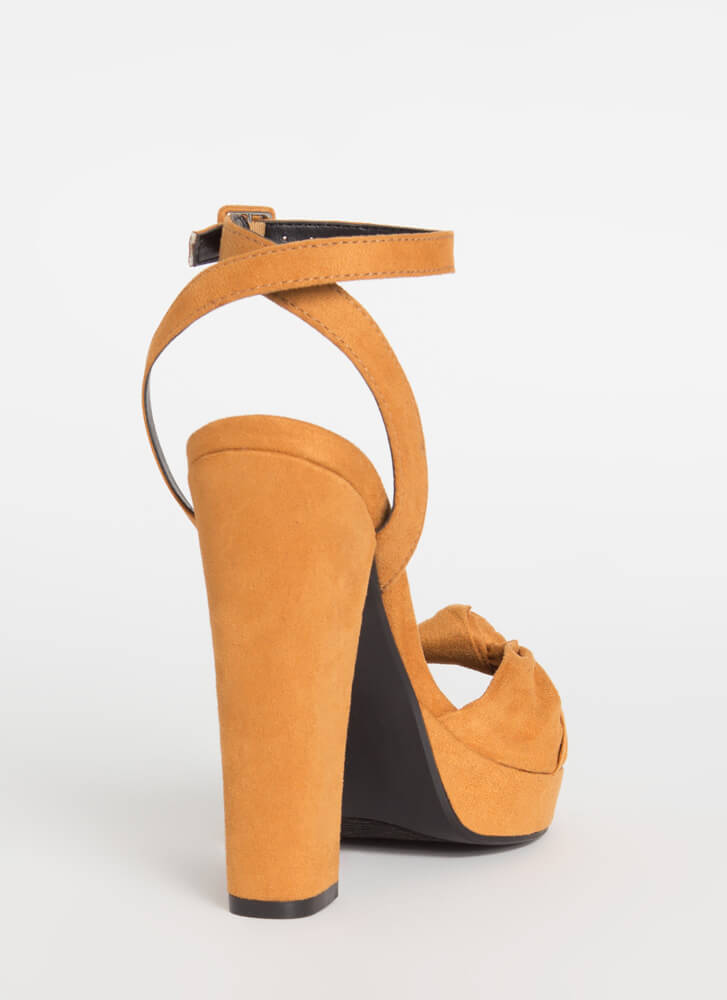 Sweetheart Chunky Knotted Platform Heels CHESTNUT