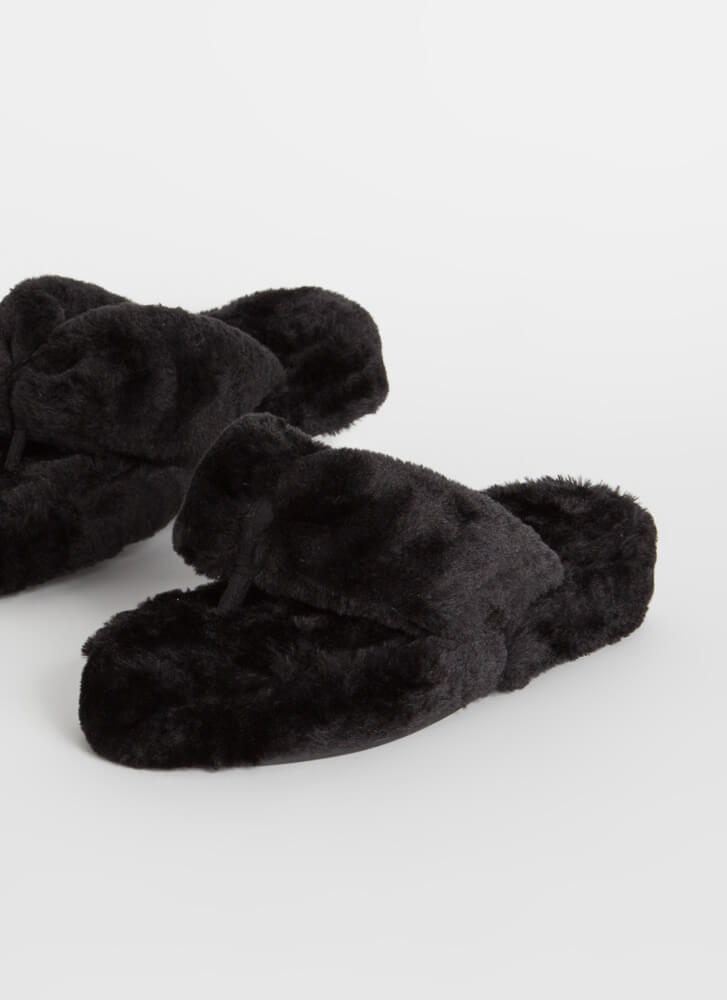 Head In the Clouds Furry Thong Sandals BLACK