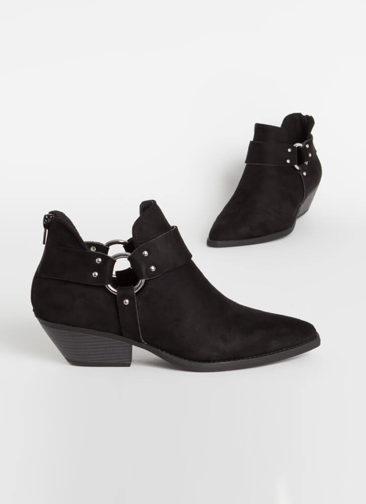 Rings A Bell Studded Western Booties BLACK