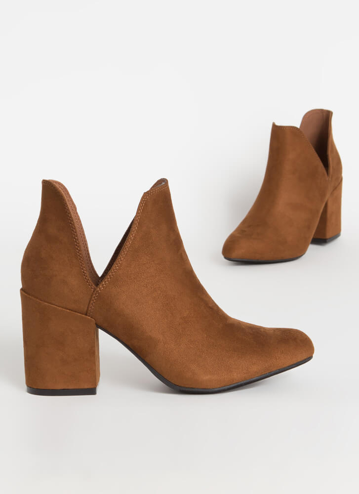 Top Notch Cut-Out Block Heel Booties TOBACCO