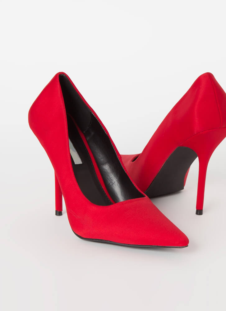 The Main Point Stiletto Heel Pumps RED