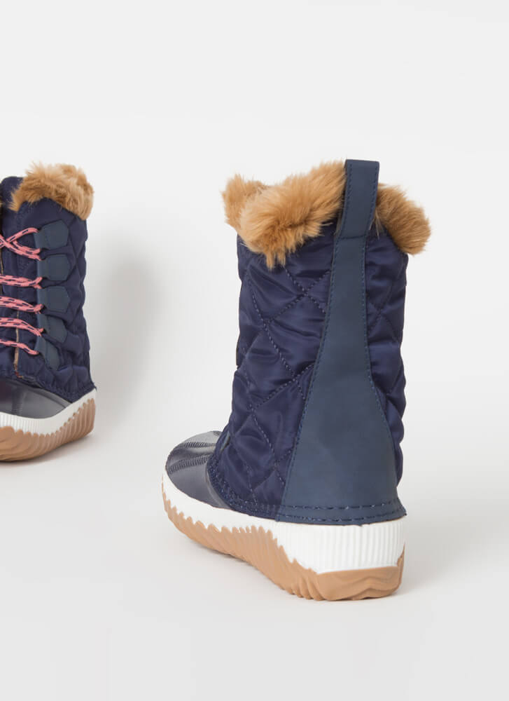 Outdoorsy Quilted Fur-Trimmed Duck Boots NAVY