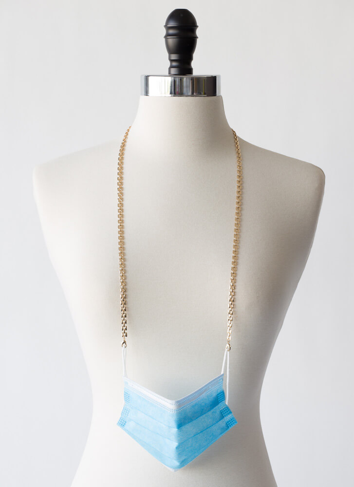 Squared Away Mask And Glasses Chain GOLD