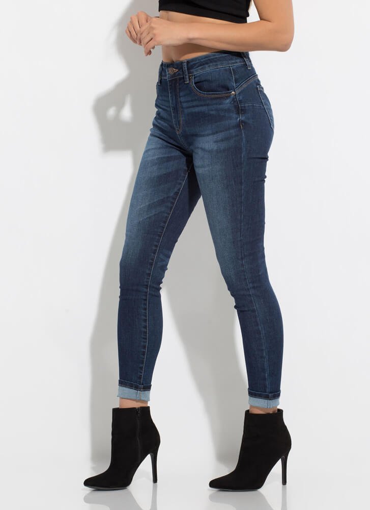Peach Sustainable Butt-Lift Skinny Jeans DKBLUE