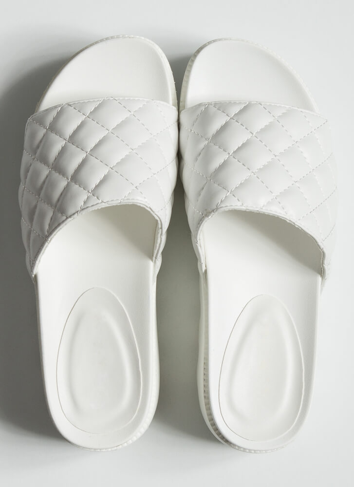 Thick And Quilted Platform Slide Sandals WHITE