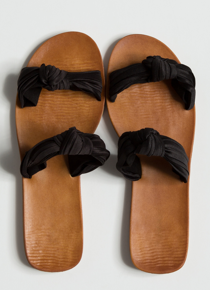 Do As You Pleats Knotted Slide Sandals BLACK