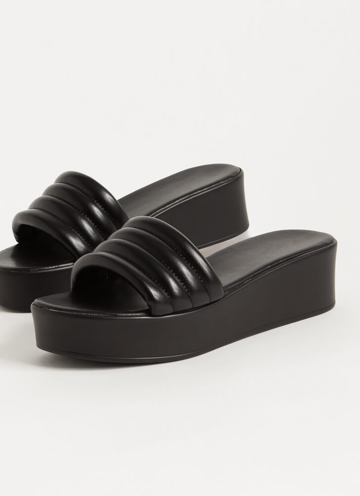 It's Easy Padded Platform Slide Sandals BLACK