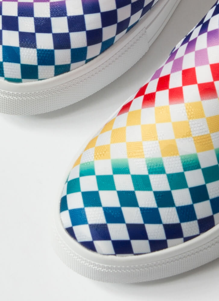 Game Of Checkers Slip-On Sneakers RAINBOW
