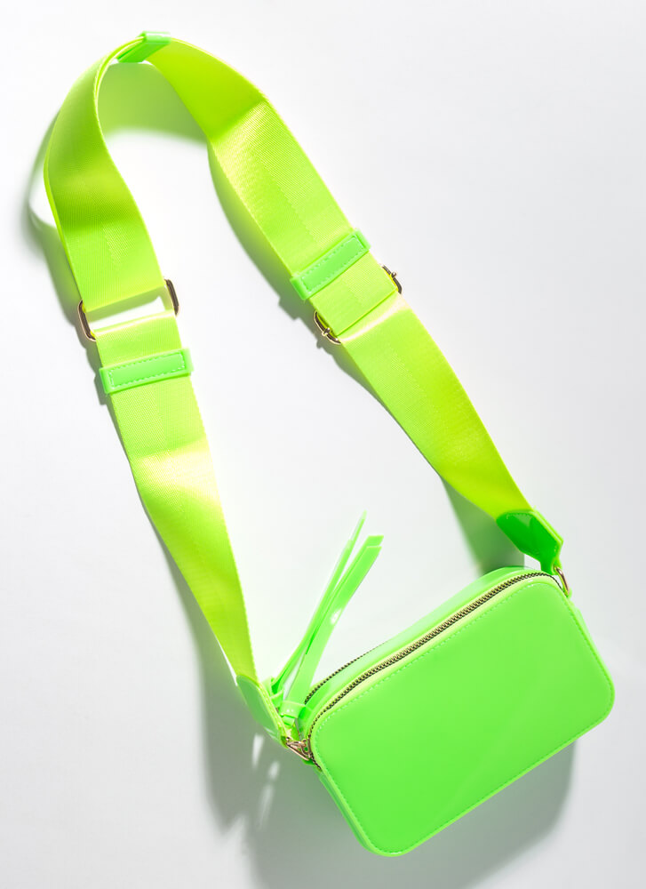 Fashion And Function Glossy PVC Purse GREEN