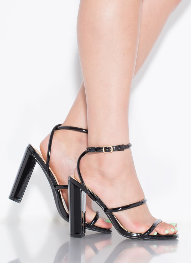 One Two Three Faux Patent Chunky Heels BLACK
