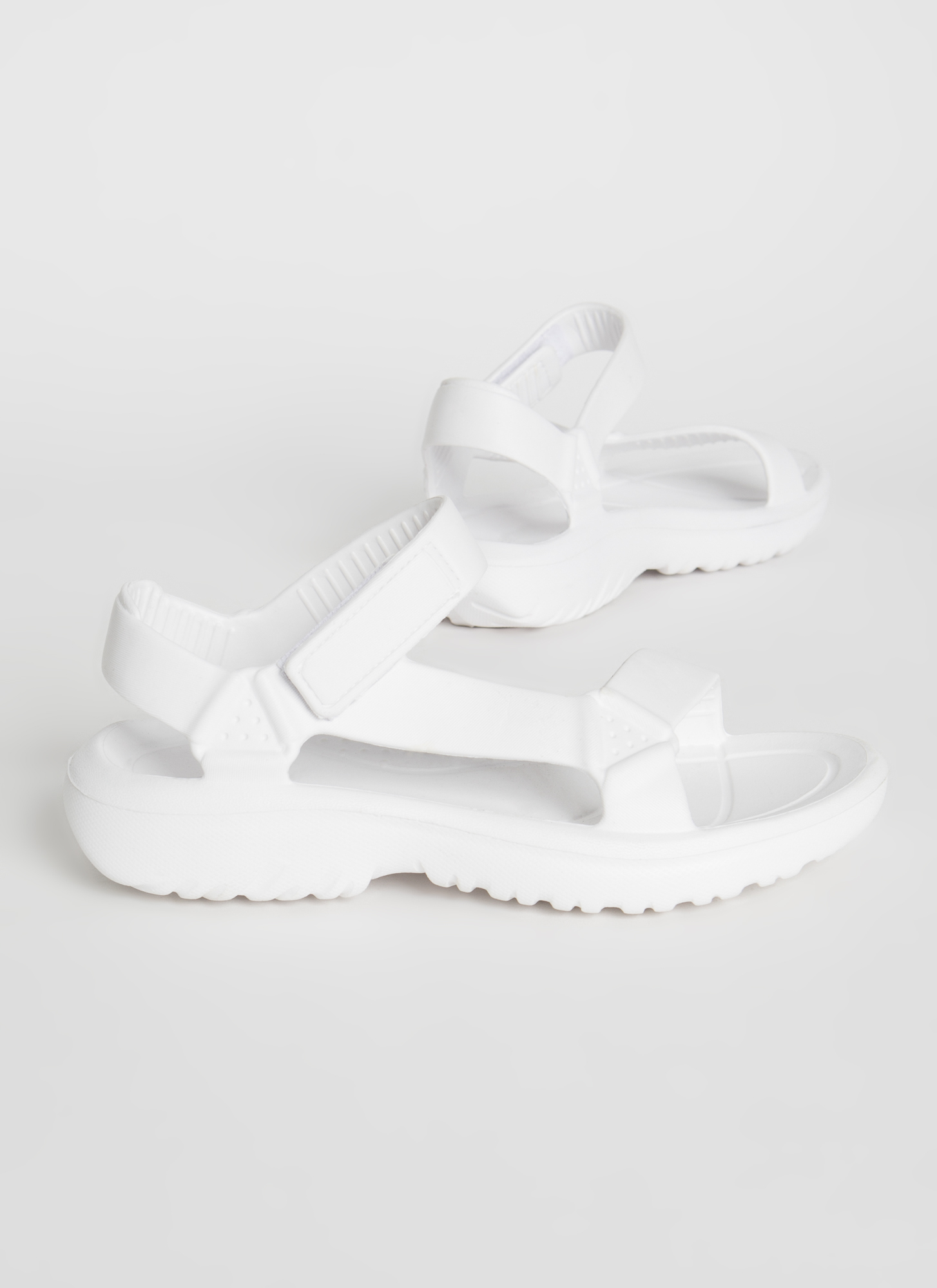 This Weekend Sporty Faux Harness Sandals WHITE