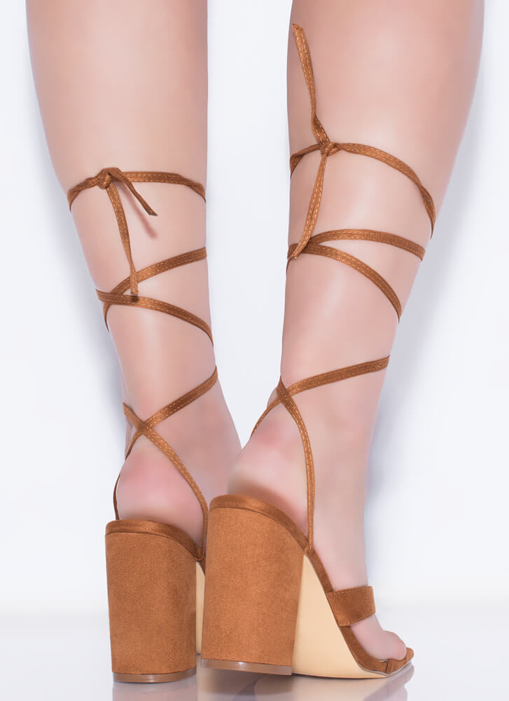 Yes It's New Chunky Lace-Up Thong Heels TAN