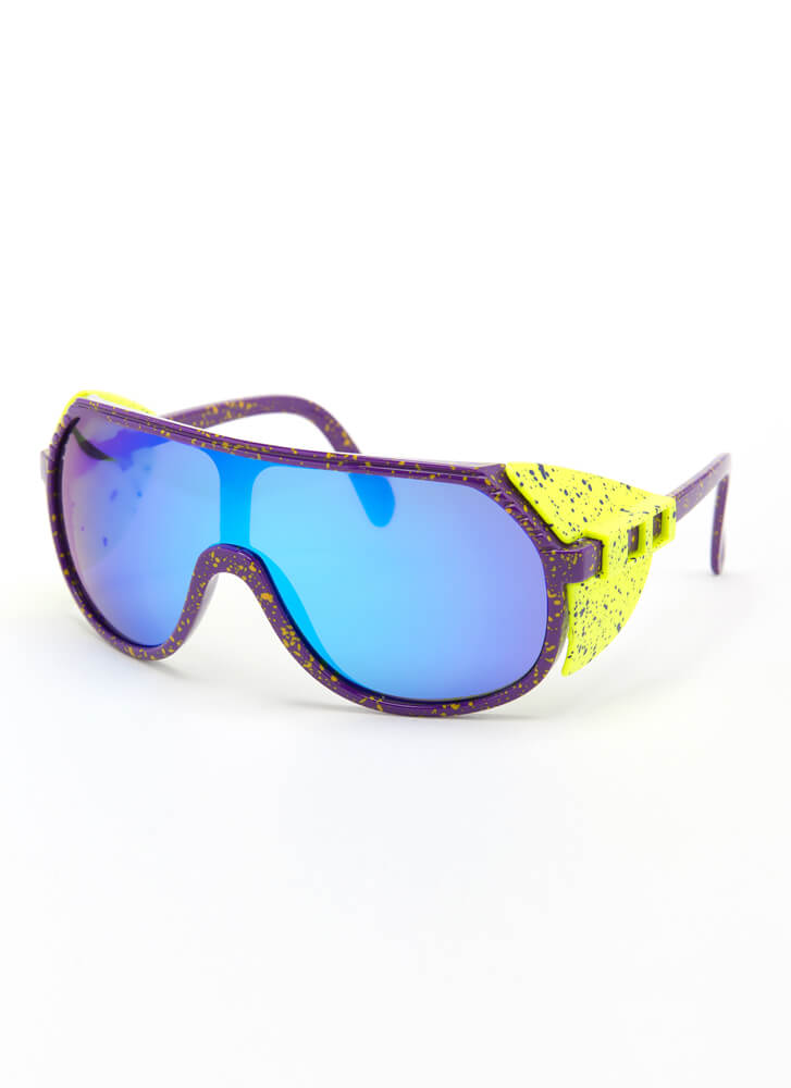 Blinders On Sporty Goggle Sunglasses GREENBLUE