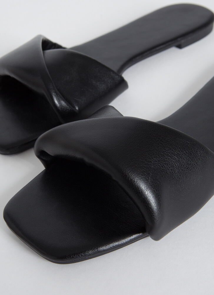 Nip And Tuck Faux Leather Slide Sandals BLACK