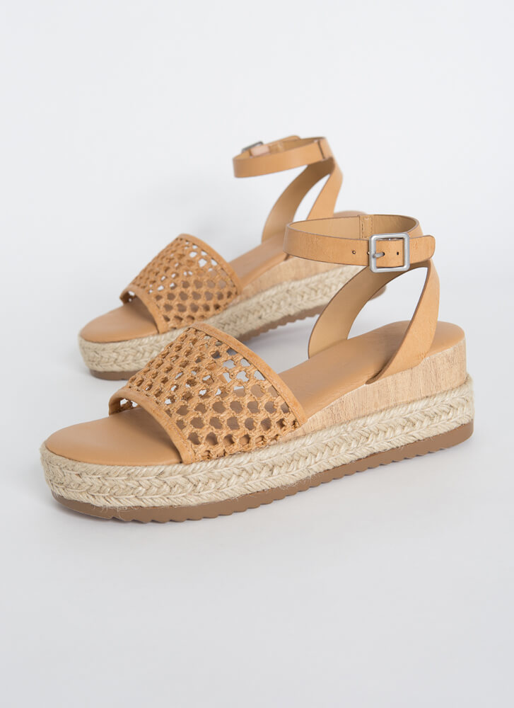 Make A Basket Braided Netted Wedges TAN