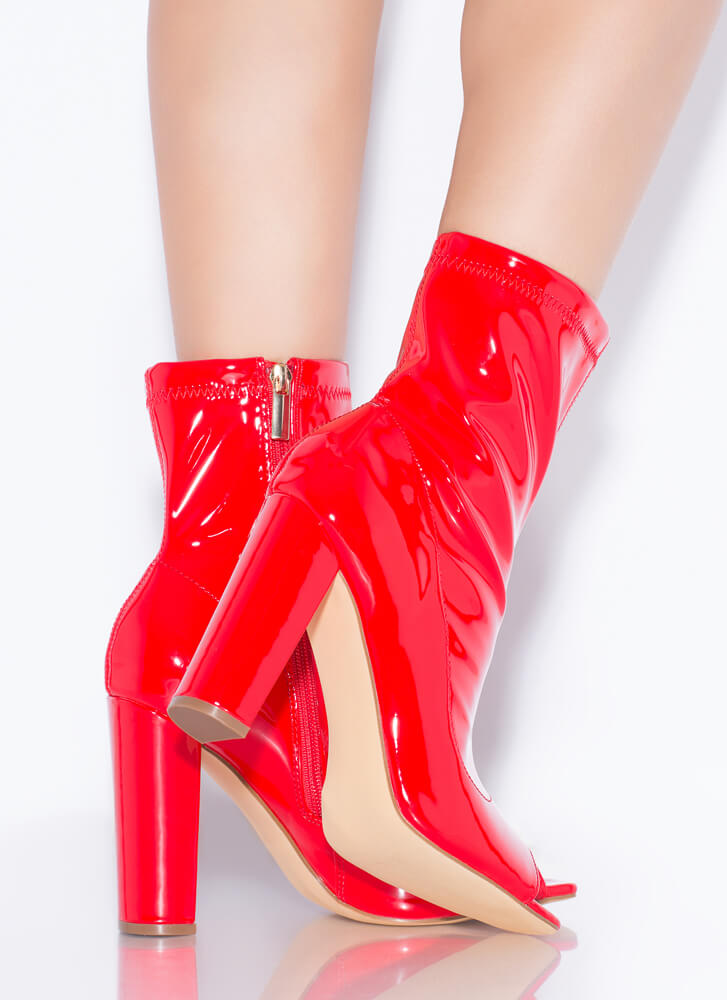 Flex Chunky Faux Patent Peep-Toe Booties RED