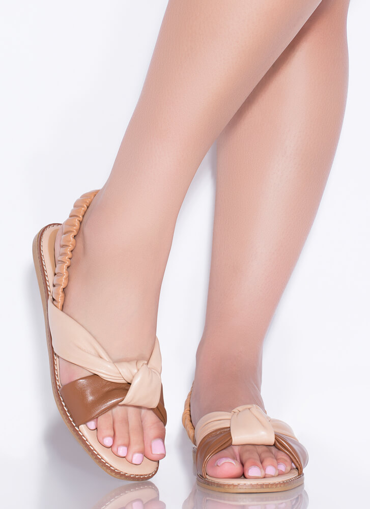 Knot Staying Home Tri-Color Sandals COGNAC