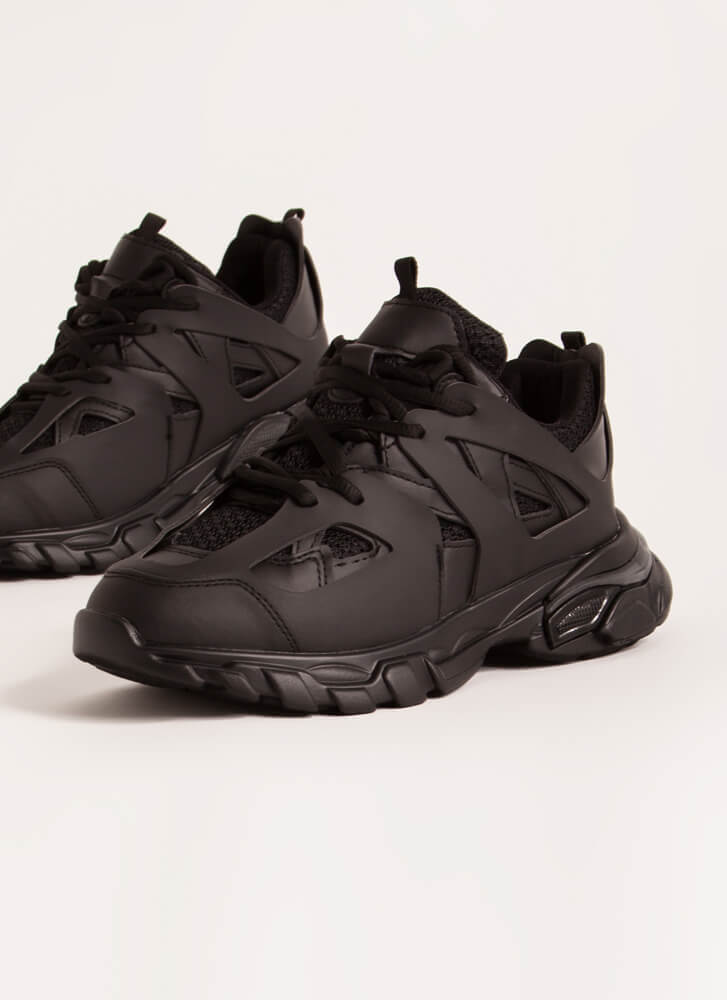The Layers Club Sporty Tonal Sneakers BLACK
