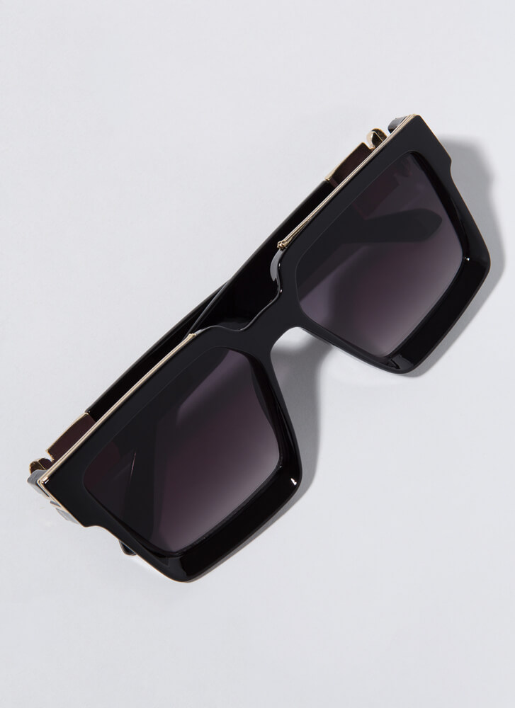 Squared Off Thick-Rimmed Sunglasses BLACK