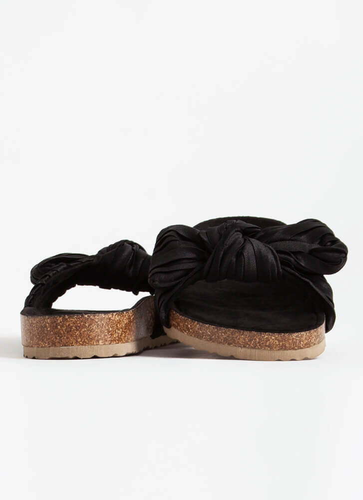 Pretty Pleats With A Knot On Top Sandals BLACK
