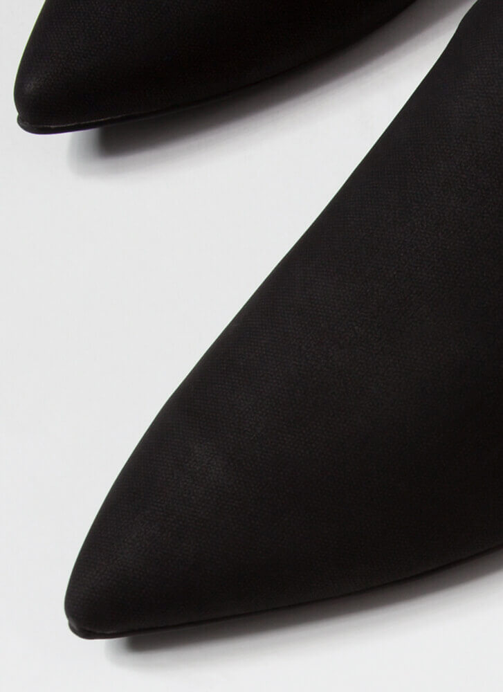The Simple Life Pointy Mule Flats BLACK
