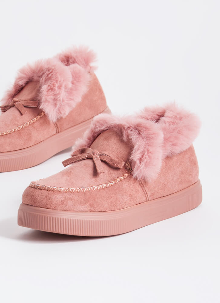 Bow Out In The Cold Furry Trim Moccasins BLUSH