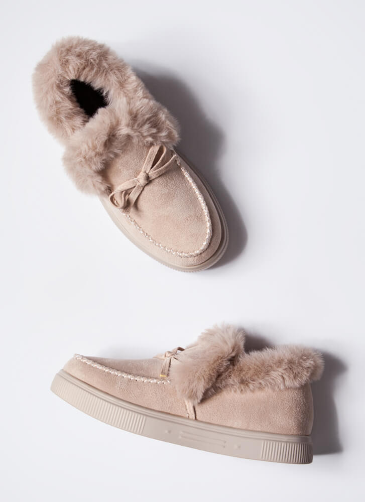 Bow Out In The Cold Furry Trim Moccasins CREAM