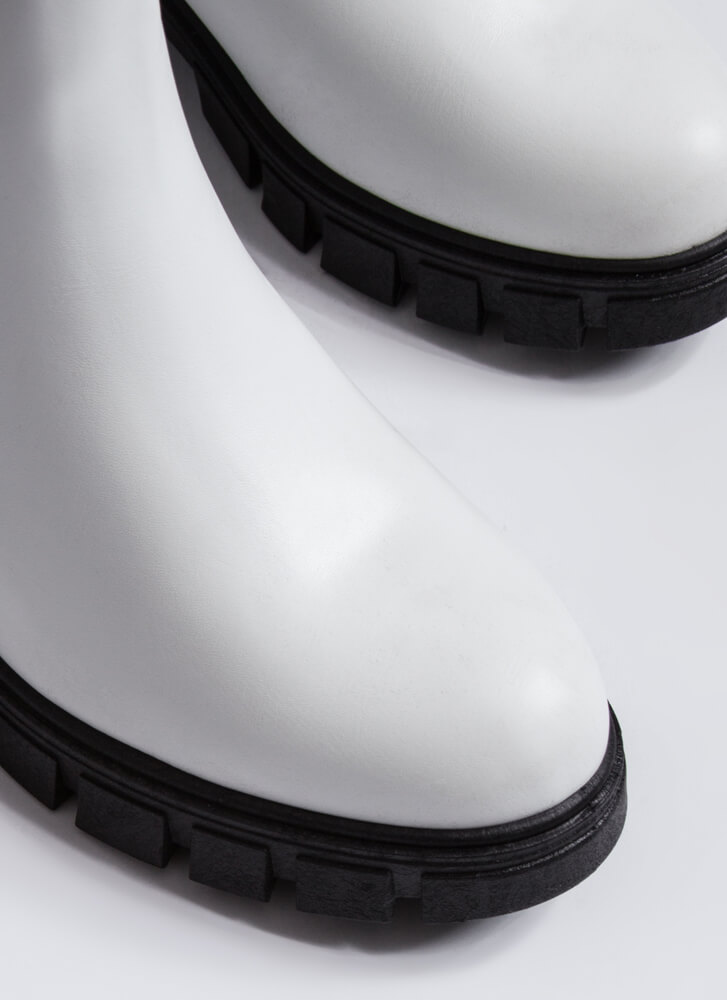 Chelsea With An Edge Block Heel Boots WHITE