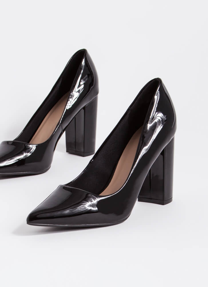Chunky Town Pointy Faux Patent Pumps BLACK