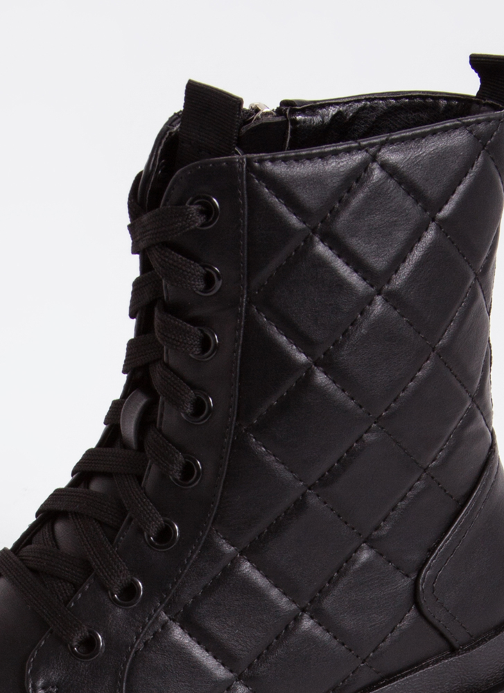 Get Stitches Quilted Combat Boots BLACK
