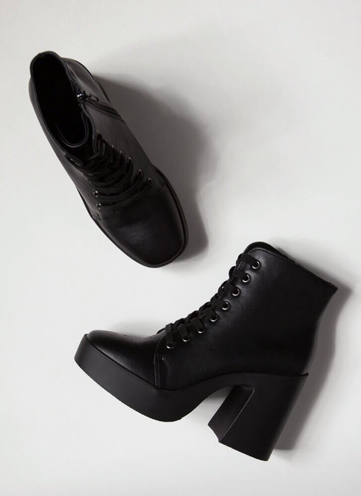 90's Baby Chunky Faux Leather Booties BLACK
