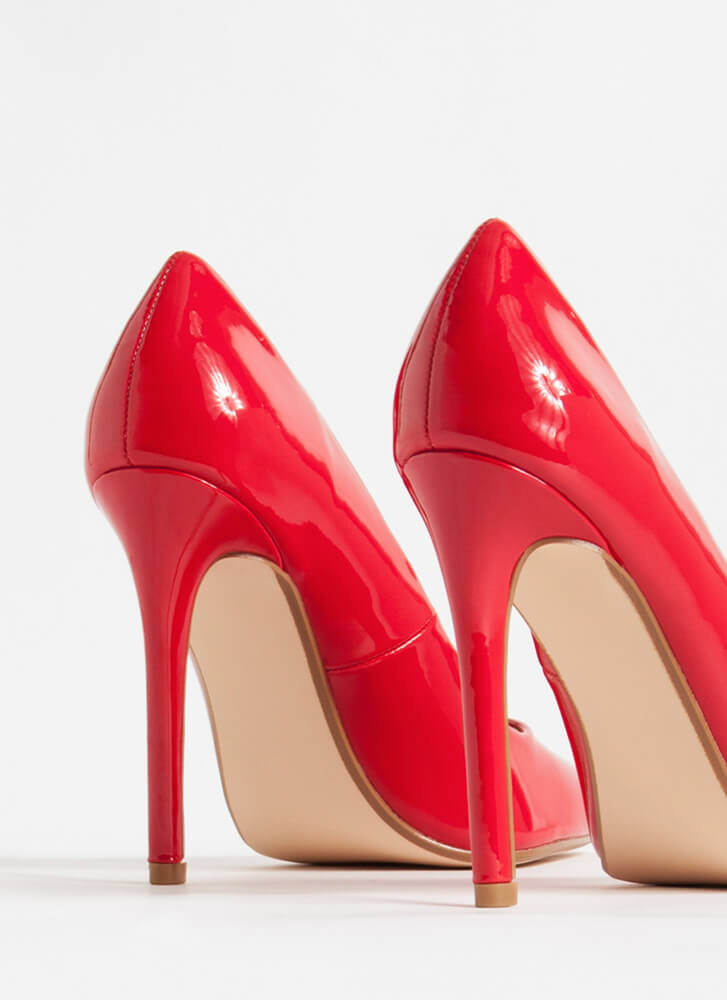 Gloss Over Pointy Faux Patent Pumps RED
