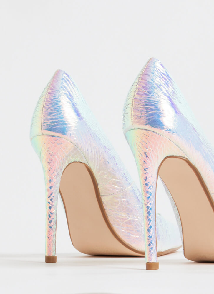 Gloss Over Pointy Faux Patent Pumps SILVER