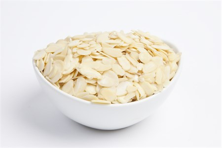 Blanched Sliced Almonds (25 Pound Case)